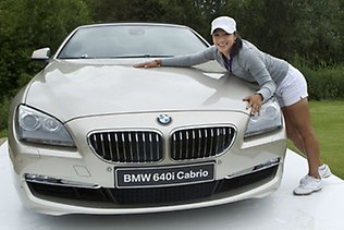 Hadiah BMW Hole In One